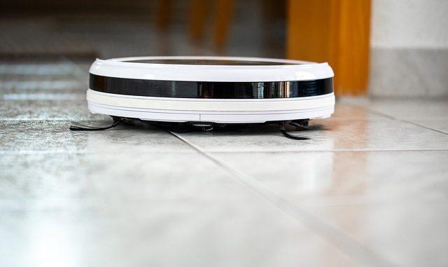 Aspirateur robot simple et pratique